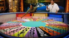 gty_wheel_of_fortune_ll_130425_wblog